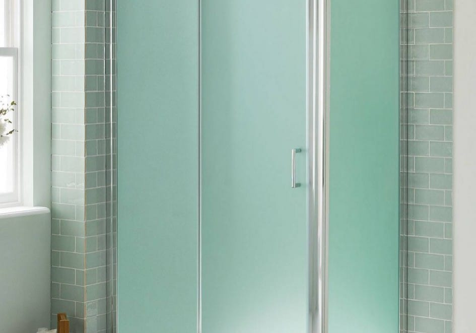 bathroom-bathroom-design-ideas-of-impressive-sliding-frosted-glass-shower-door-along-with-a-mat-on-white-tile-floor-plus-a-shampoo-storage-acrylic-shower-stalls